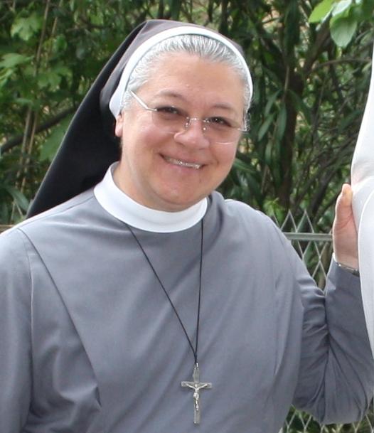 Radio Vaticano charló con nuestra Superiora General