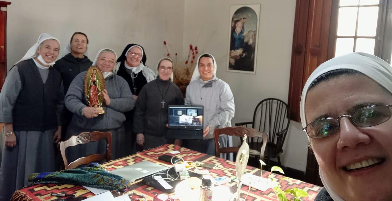 Encuentro del Consejo Provincial con nuestra Madre General