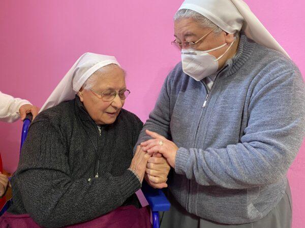 Gracias por tu visita Madre Ma. Mabel